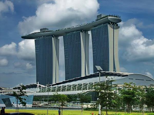 Sky Park Singapore Ground View
