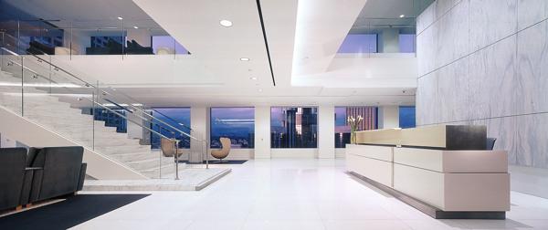 10 Visually Impressive Workplaces