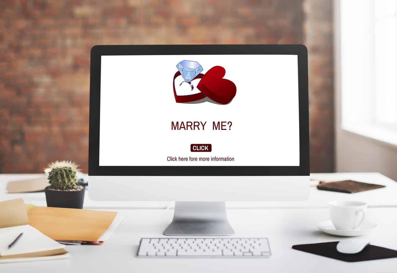 Romantic Gifts Romance Marry me Proposal Concept