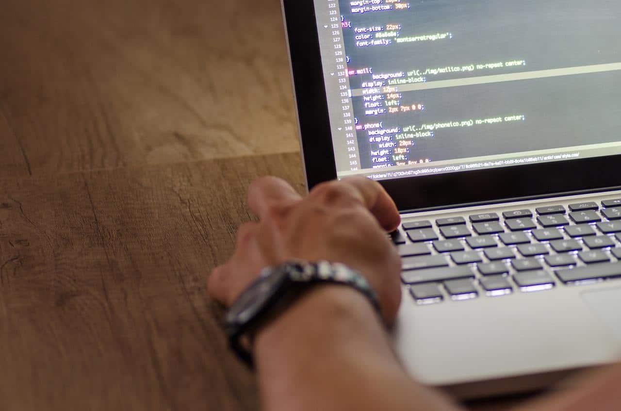 developer writing